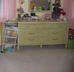 decluttered child's bedroom, clear the clutter, cluttered bedroom