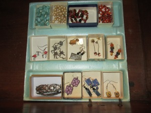 Reuse tiny boxes for storing jewelry