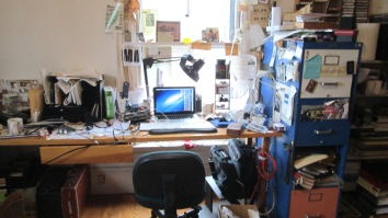 Client's desk BEFORE